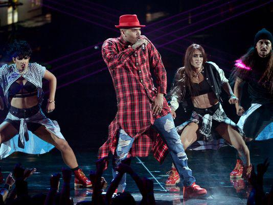 Chris Brown performs 'Loyal' at BET Awards 2014