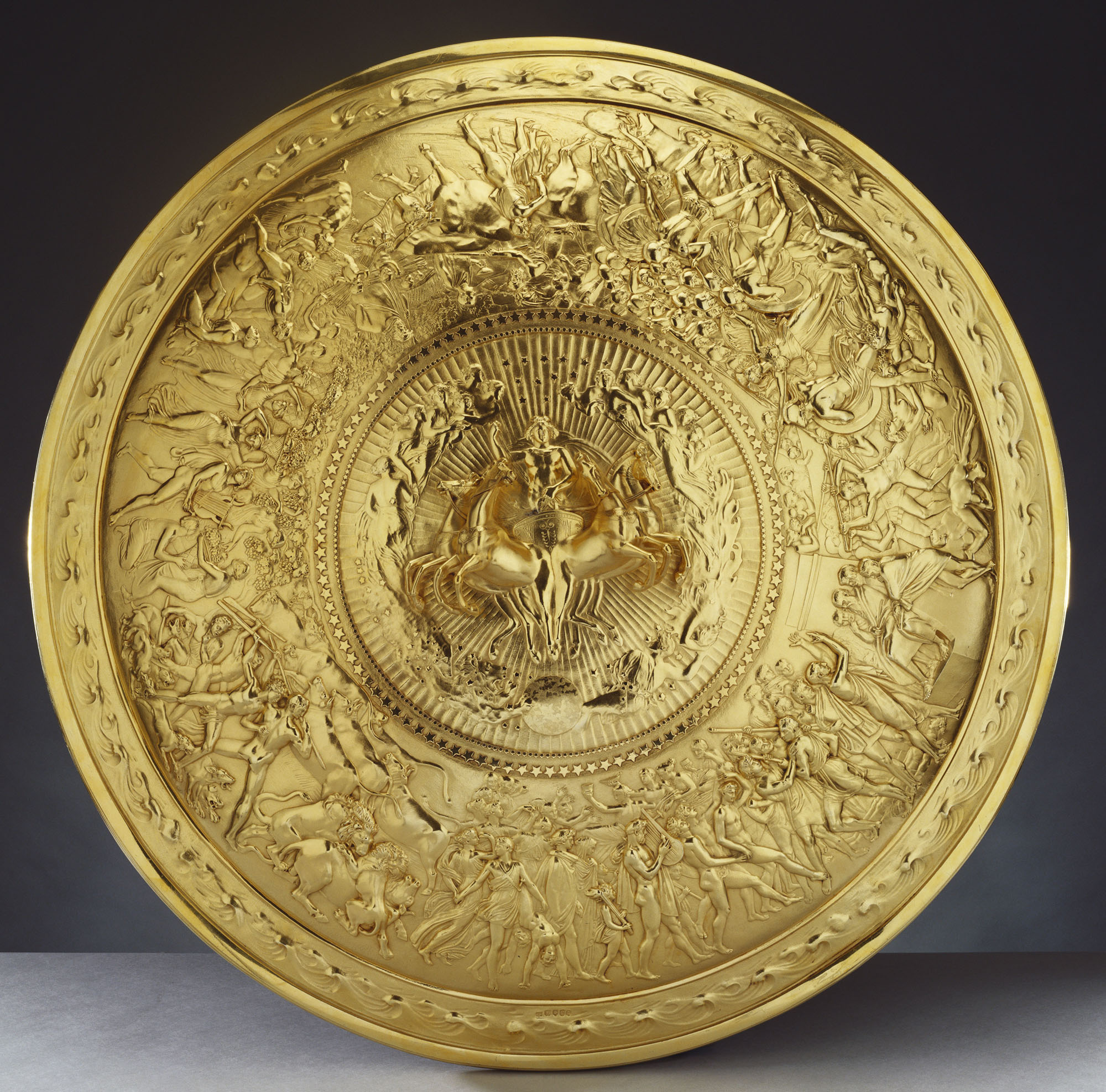 shield of achilles Achilles mother thetis, takes a look at the shield of his son that hangs from his shoulder and stands as an emblem of valor and courage which reflects the aspects of greek civilization and.