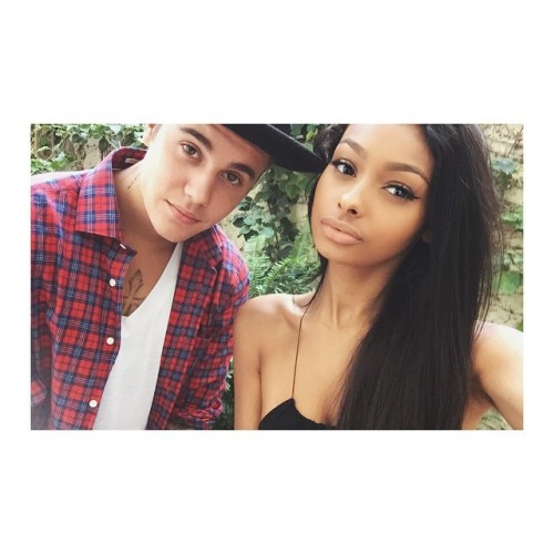 Beauty Vlogger Jayde Pierce pictured with pop singer Justin Bieber.