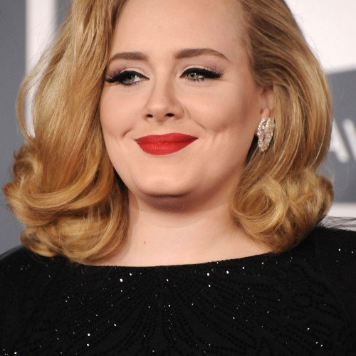 LOS ANGELES, CA - FEBRUARY 12: Singer Adele arrives at The 54th Annual GRAMMY Awards at Staples Center on February 12, 2012 in Los Angeles, California. (Photo by Steve Granitz/WireImage)